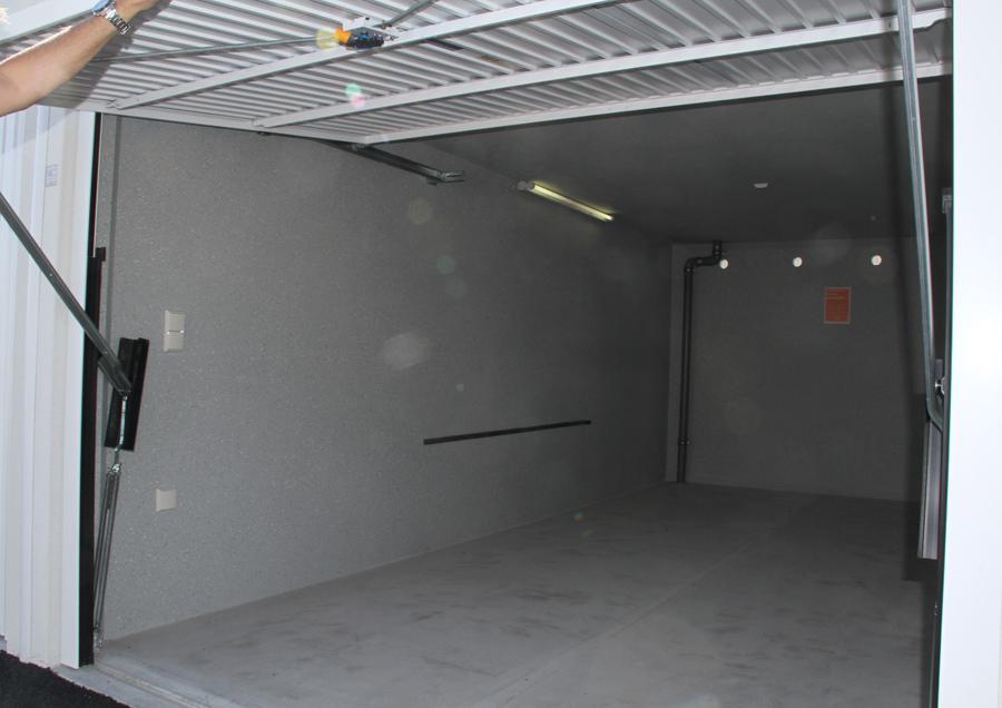 Pöck PKW Garage offen
